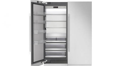 Signature Kitchen Suite by LG  30-inch Integrated Column Freezer