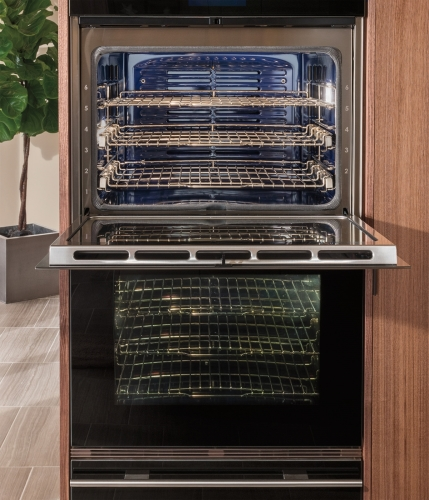 """Model: DO30CM/B 